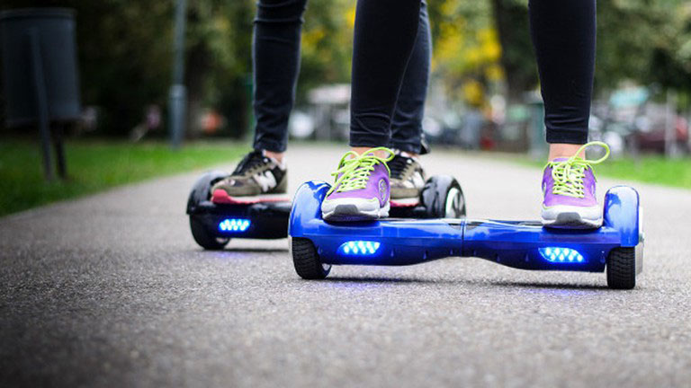 two wheeled electric skateboard